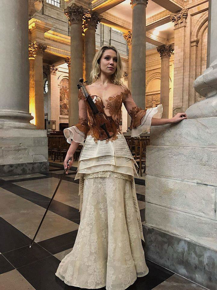 Amazing Dresses by French Designer Sylvie Facon