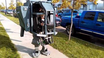 Ultimate Daddy-Daughter Mechwarrior Costume